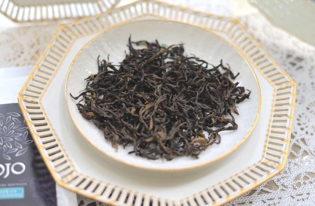 鳳凰単叢貢香の茶葉